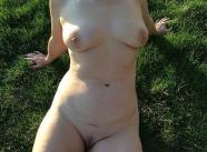 Femme cherche un jeune sex friend en Gironde