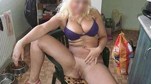 Blonde coquine propose un RDV sexe l'après-midi Paris