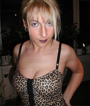 RDV coquin et sans lendemain dans le 75, jolie blonde de Paris