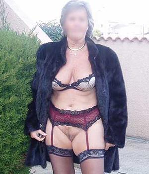 Rencontre une femme mature de Charente-Maritime